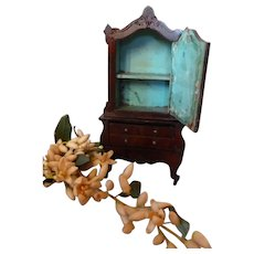 Elegant piece of antique French miniature furniture : mignonette size : 6 3/4 inches high : doll display