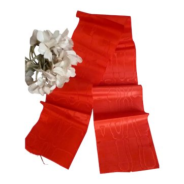 Delicious tomato red Lyon watered silk ribbon : unused old stock sample : antique doll projects : 32 inches long