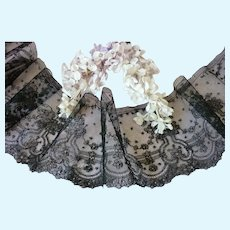 2 flounces of  hand made black antique Chantilly bobbin lace : dolls costume projects : + 5 yards