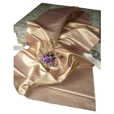 Luxurious morceau antique French shimmering gold and lilac fabric : doll sewing projects