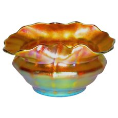 Quezal Iridescent Art Glass Salt or Cabinet Vase w/Exceptional Form & Color
