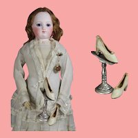 Mini Metal French Fashion Doll Shoe Stand!