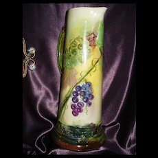 Belleek Tall Tankard with Luscious Grapes