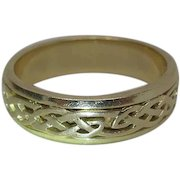 Fine Vintage 14K Yellow Gold Celtic / Love Knot Band Style Ring Size 10.25