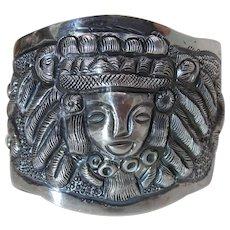 Vintage J. Vigueras Mexican Sterling Silver Repoussé Cuff Bracelet