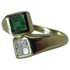 14k Yellow Gold Natural Emerald And Princess Cut Diamond Modernist Ring Size 8