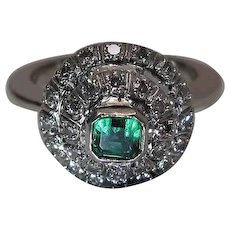 Vintage 14K White Gold Natural Emerald And Diamond Tiered Halo Ring
