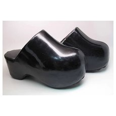 1970's Vintage Famolare Italian Black Patent Leather Clogs / Shoes