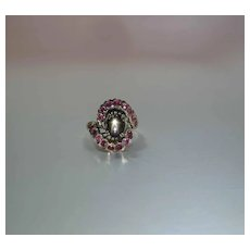 Vintage 14K Gold Black Star Sapphire And Ruby Cocktail Ring
