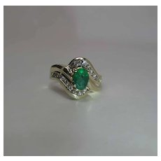 Vintage 14K Yellow Gold Natural Emerald And Diamond Bypass Ring