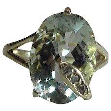 Vintage 14K Yellow Gold Fine 5.56 Carat Natural Aquamarine & Diamond Snake Ring