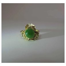 Vintage 18K Gold 3.27 Carat Jade Ring Spinach Green With Graphite Inclusions