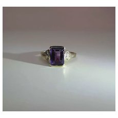 Vintage 14K Gold Emerald-Cut Amethyst And Diamond Ring Size 9