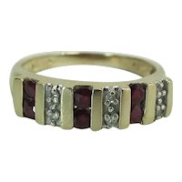 Vintage 14K Yellow Gold Natural Ruby And Diamond Ring