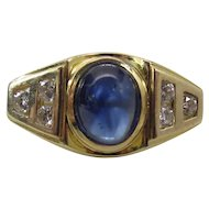 Vintage 14K Yellow Gold Natural Blue Sapphire And Diamond Ring.