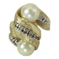 Elegant Vintage Brushed 14K Yellow Gold Pearl & Diamond Cocktail Ring