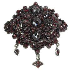 Antique Victorian Tiered Bohemian Garnet Brooch With Dangles / Drops