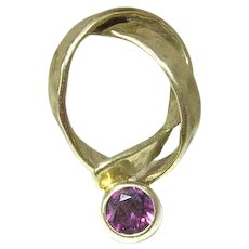 Vintage Hammered 18K Gold & Hot Pink Tourmaline Modernist Knot Pendant - Signed