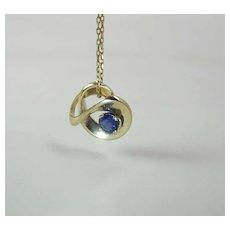 Vintage Modernist 14K Yellow Gold Fine .61 Carat Natural Royal Blue Sapphire Pendant