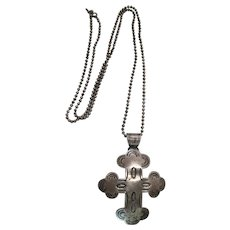 Vintage Navajo Stamped Sterling Silver Budded Cross Pendant Necklace