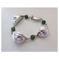 Mid-Century French Sterling Silver & Nephrite Jade Fig Or Garlic Bracelet