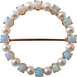 Vintage 14K Gold Circle Pin W/ 2+ Carats Of Fine Crystal Opals & Cultured Pearls