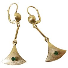 Mid-Century 18K Brushed Yellow Gold Natural Emerald 2-Inch Long Dangle Earrings