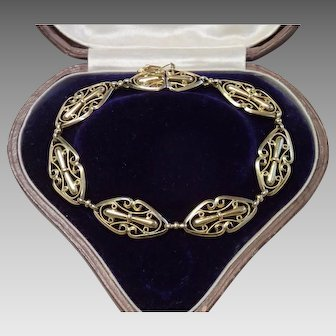 18 CT French Bracelet, Antique