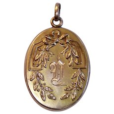 Vintage Locket , 14K Gold Shell