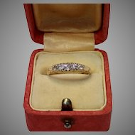 Antique 18 CT & Diamond Ring