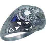 Vintage Art Deco Platinum Old miner cut Diamonds Triangle Sapphires Ring