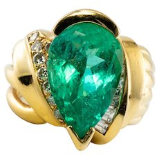 Natural Colombian Emerald Diamond Ring by HUBERT 18K Yellow Gold
