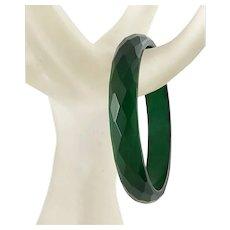 """Vintage Forest Green Faceted Bakelite Bracelet ½"""" wide"""