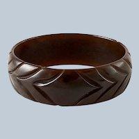 Vintage Brown Carved Bakelite Bracelet