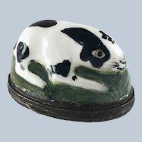 Battersea Bilston Enamel Rabbit Bonbonniere Patch Box - C 1780