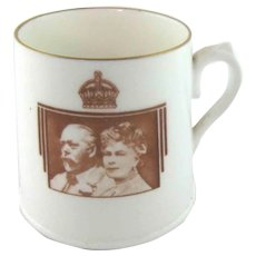 King George V Queen Mary Silver Jubilee Mug – 1910-1935