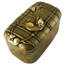 Figural Japanese Rats in Bale Snuff Box Meiji