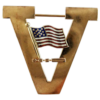 14K Gold WWII V Victory Pin - American Flag Morse Code