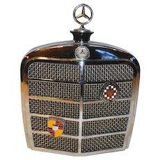 Mercedes Benz Grill Transistor AM Radio