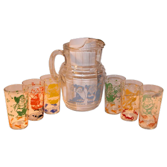 Vintage Walt Disney 1938 Snow White & Seven Dwarfs Pitcher & Glasses