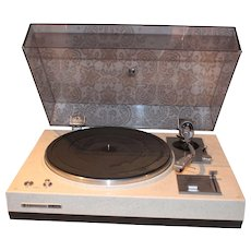 Kenwood KD-2055 Turntable