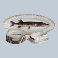 Antique Victoria Carlsbad Fish Service