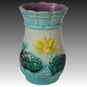 C1880 Victorian Majolica Vase ~ Pond Lily and Rope