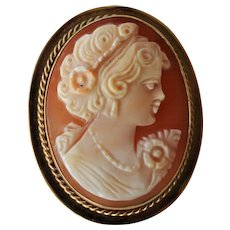 9ct Gold Carved Shell Cameo Brooch