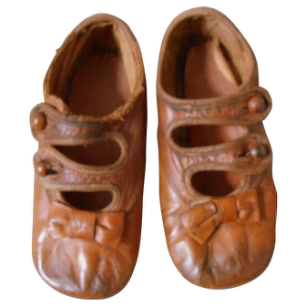 Antique Leather Pair of Shoes for Child/Doll