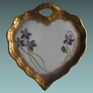 Heart shaped tidbit tray