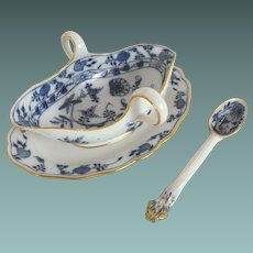 Meissen Gravy Boat with attached underplate and ladle:  Blue Onion pattern