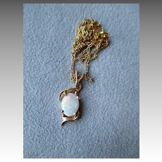 14k Gold and Opal Pendant Necklace