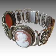 Beautiful Vintage Cameo Bracelet in 835 Silver