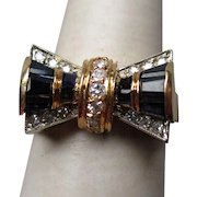 Stunning 18k Gold Sapphire and Diamond Art Deco Bow Ring